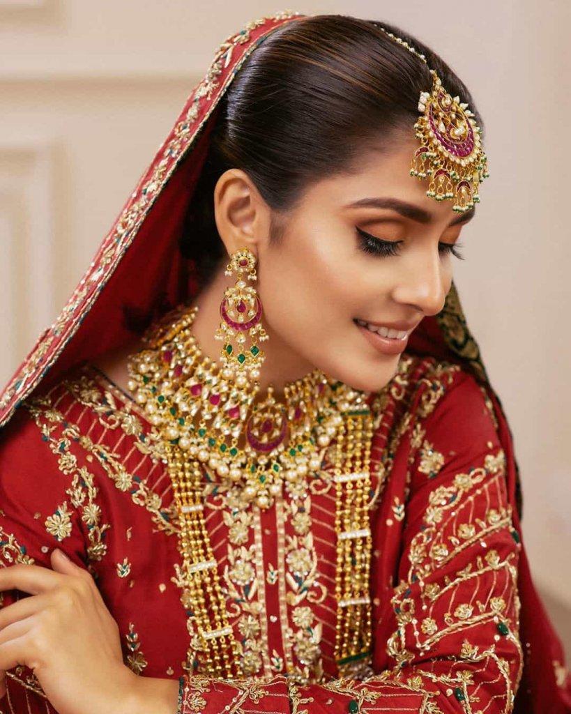 ayeza-khan-bridal-photos