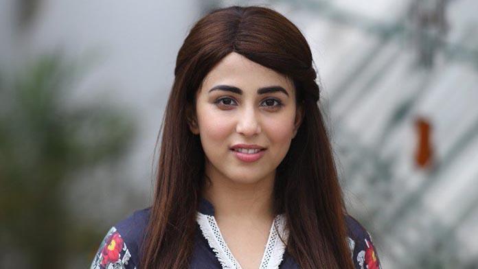 ushna shah age