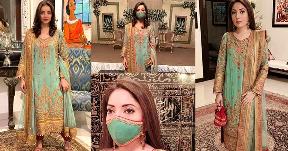 Beautiful Pictures of Sarwat Gilani And Sharmila Farooqi Wearing Same Dress