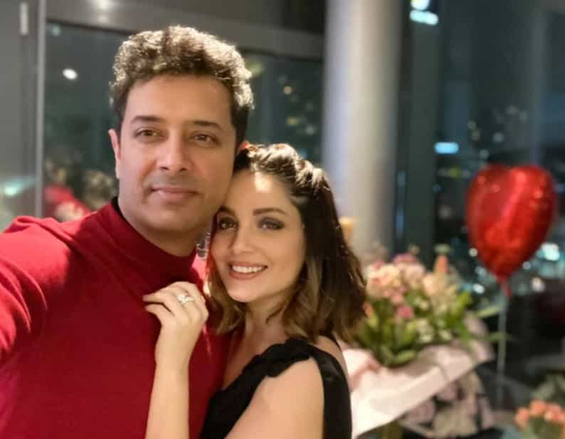 Inside Armeena Khan's 34th Birthday Party With Fesl Khan: Her Eyes Steals The Show