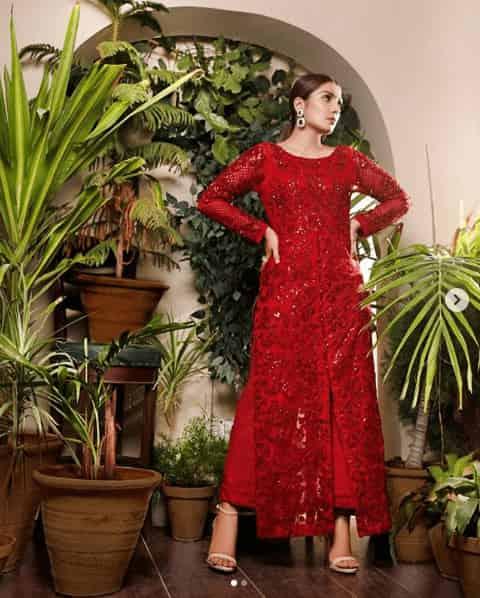 Ayeza Khan Red Dress