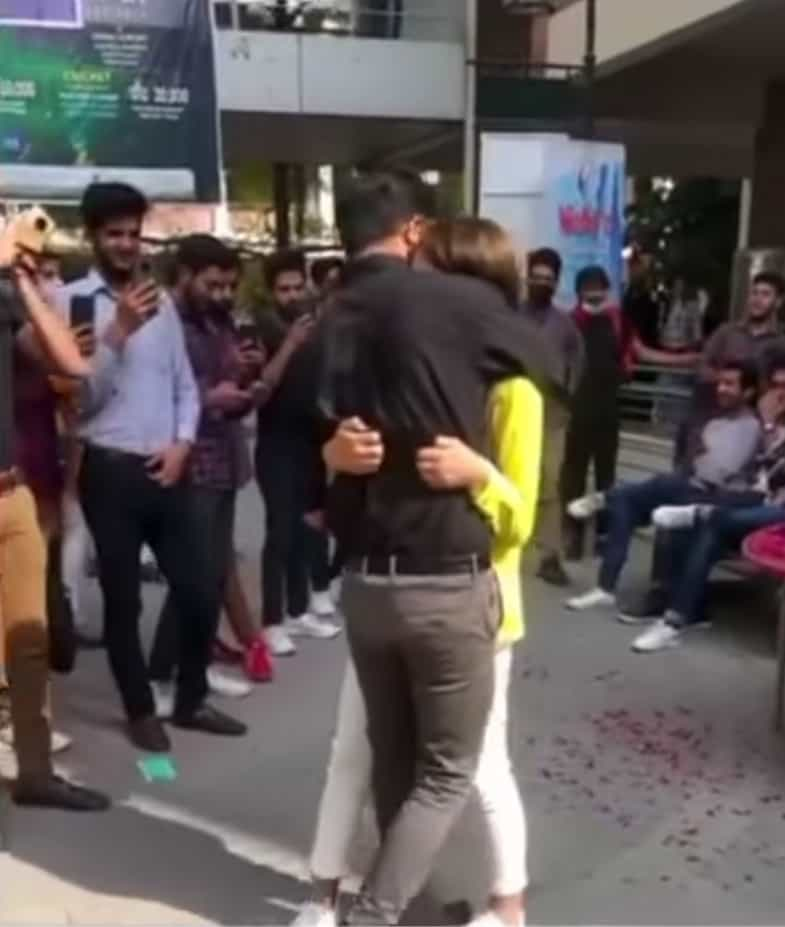 Video of A Girl Proposing To A Boy At Lahore University Goes Viral
