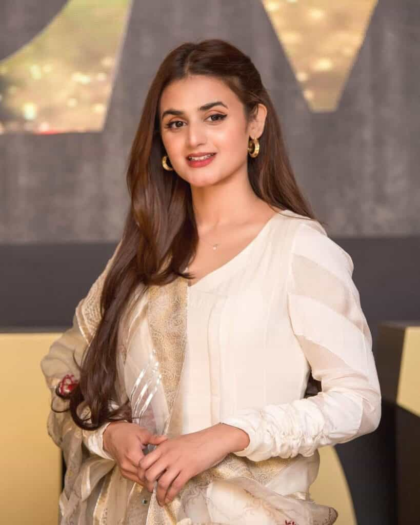 Pakistani Actress Hira Mani Shares Wise Words With Fans on Social Media