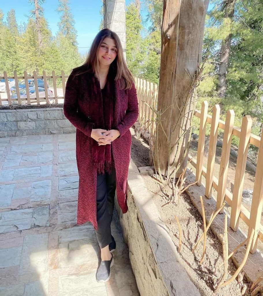 Actress Javeria Saud Enjoying Vacations With Her Husband in Northern Areas