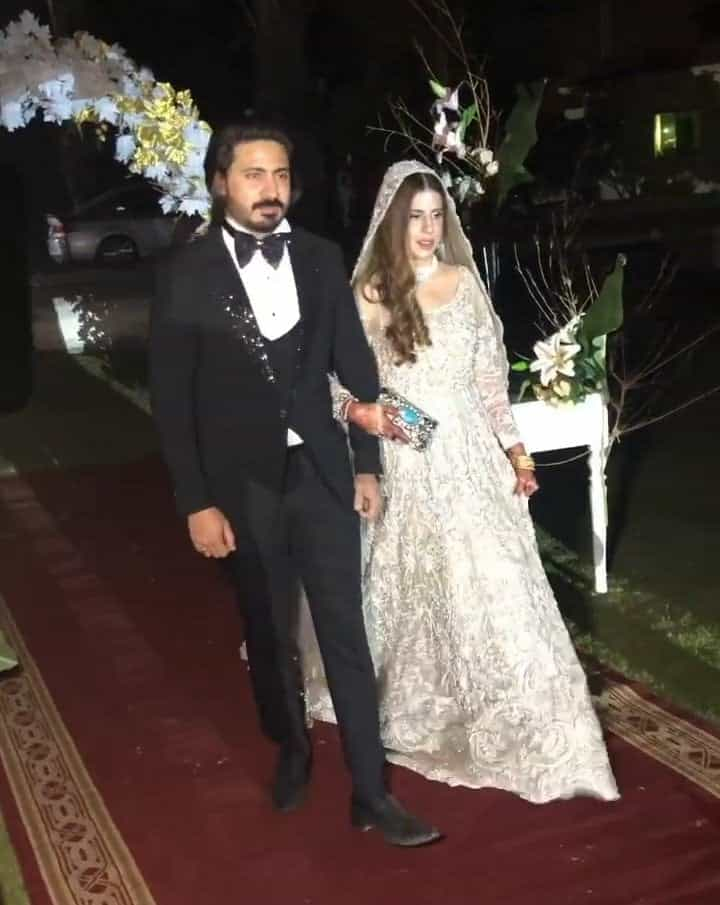 Wali Hamid Ali Khan Walima Day Pictures With His Wife And Family