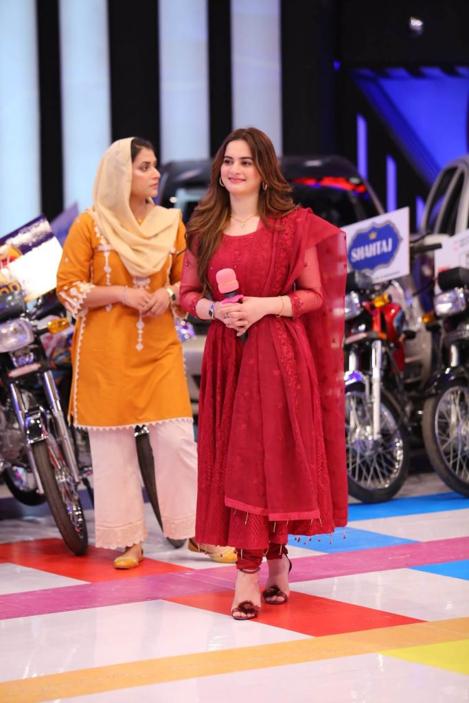Aiman Khan Beautiful Clicks from Jeeto Pakistan League