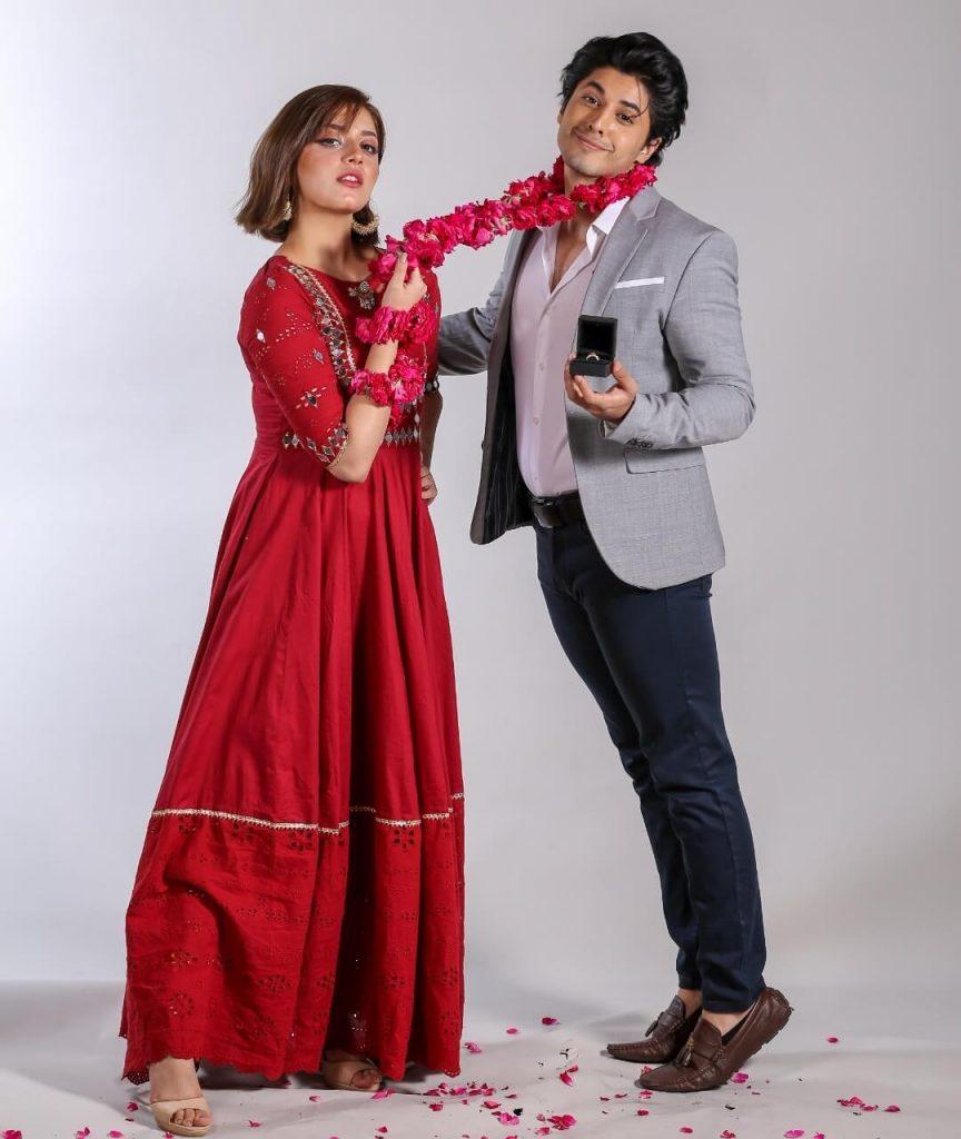 Alizeh Shah Some Beautiful Clicks During Tana Bana Drama Shooting