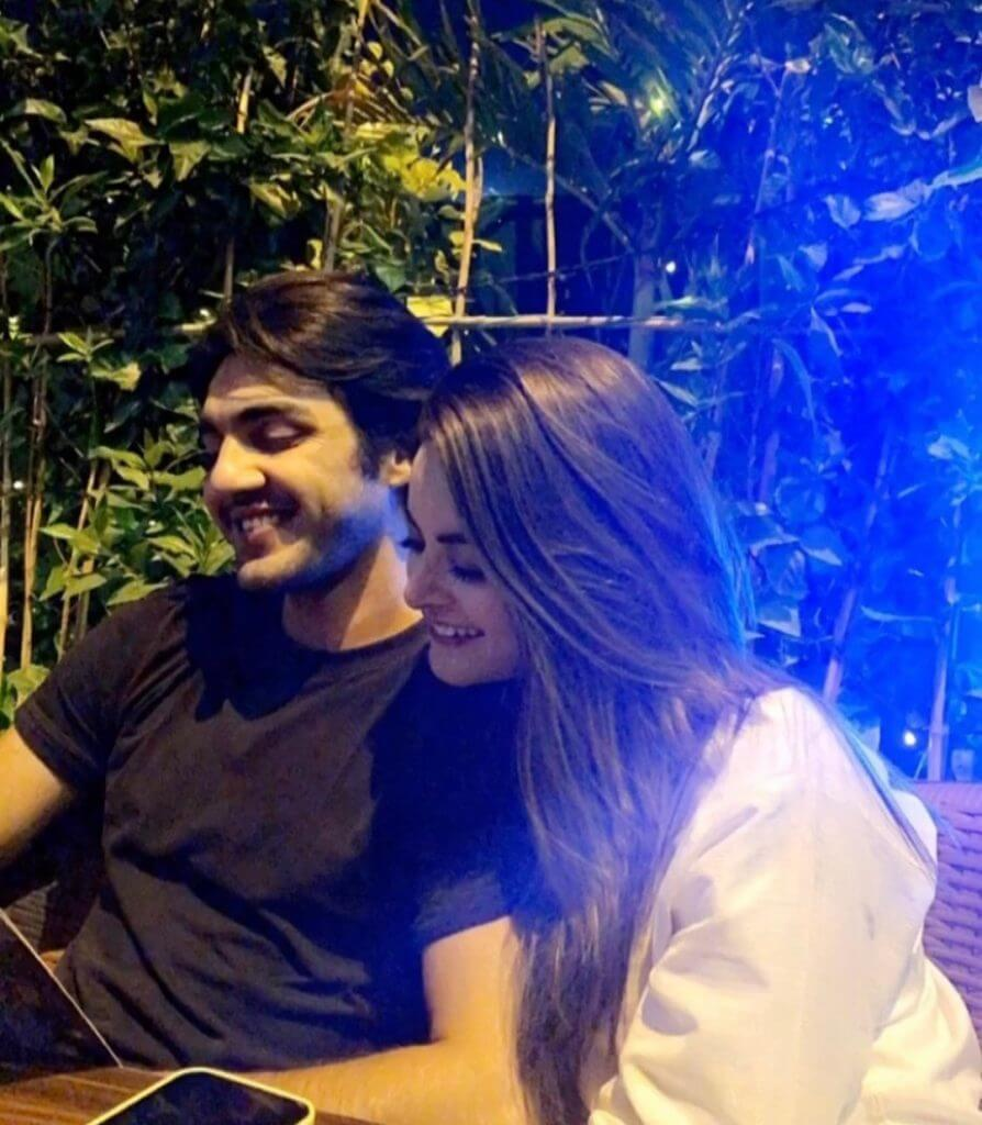 Minal Khan Latest Beautiful Pictures With Her Husband Ahsan Mohsin Ikram