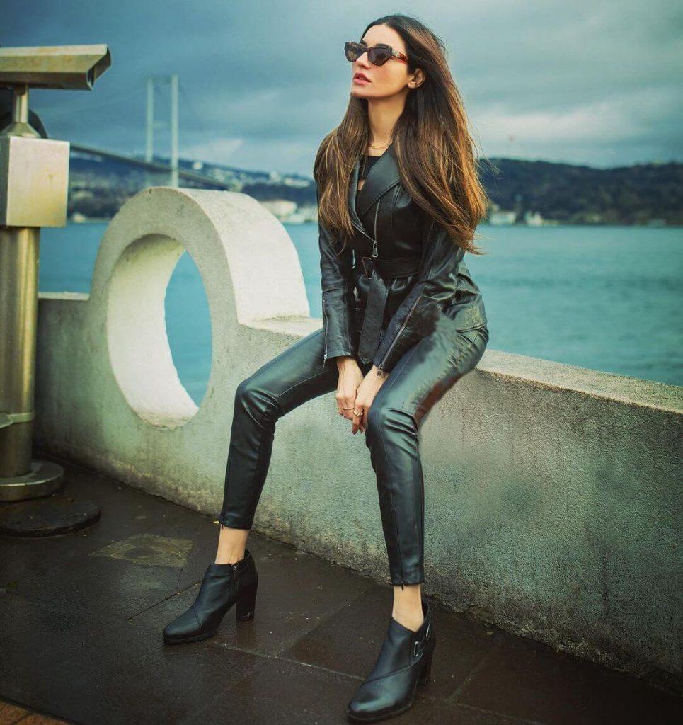 Sadia Khan Actress, Dramas, Age, Husband, Family, Biography & More