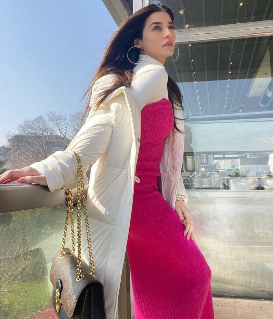 Sadia Khan Career