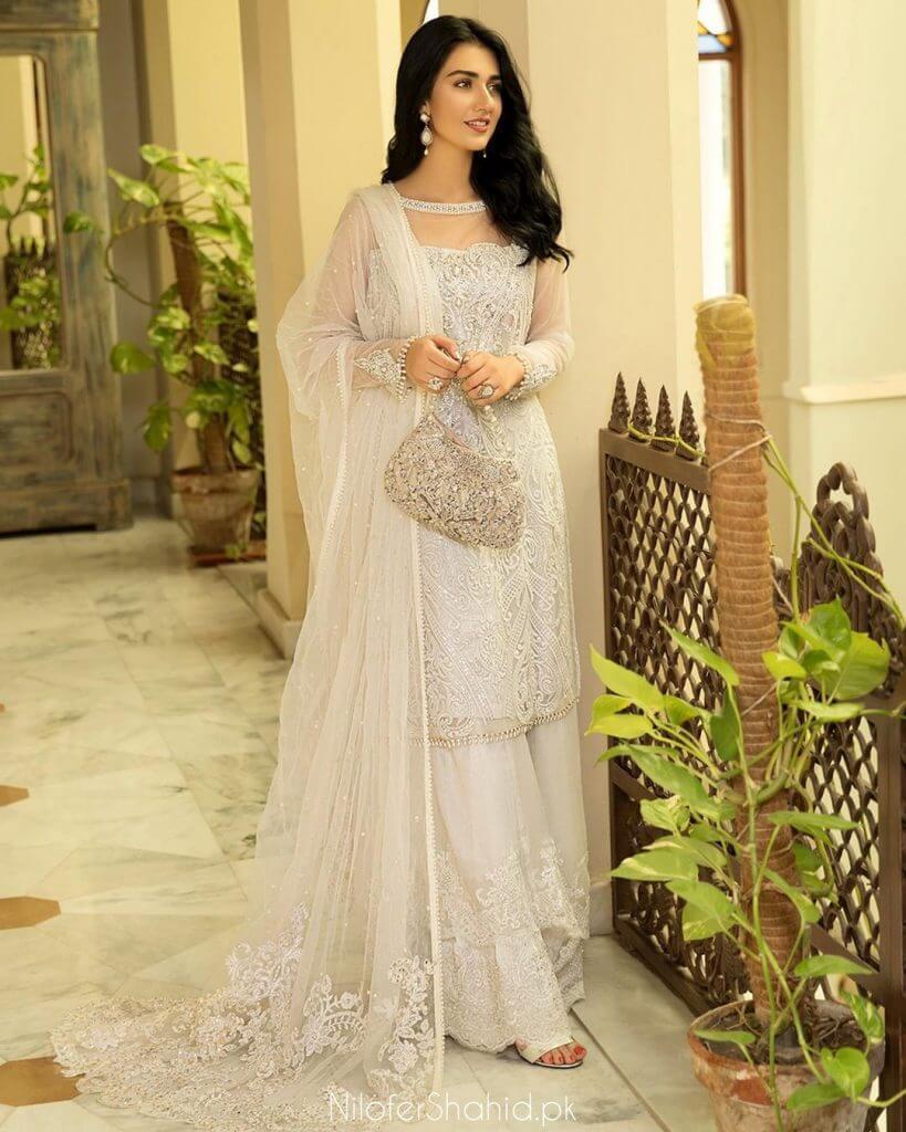 sarah khan pregnant pics