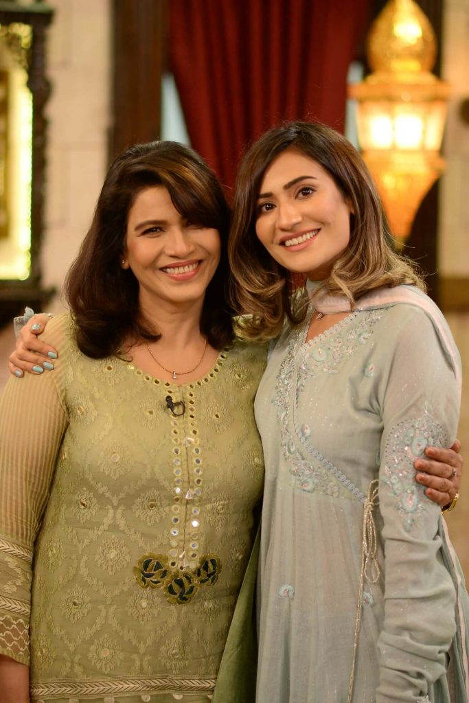 Sonya Hussyn Mother Who Look Like Sisters Are Actually Mom And Daughter