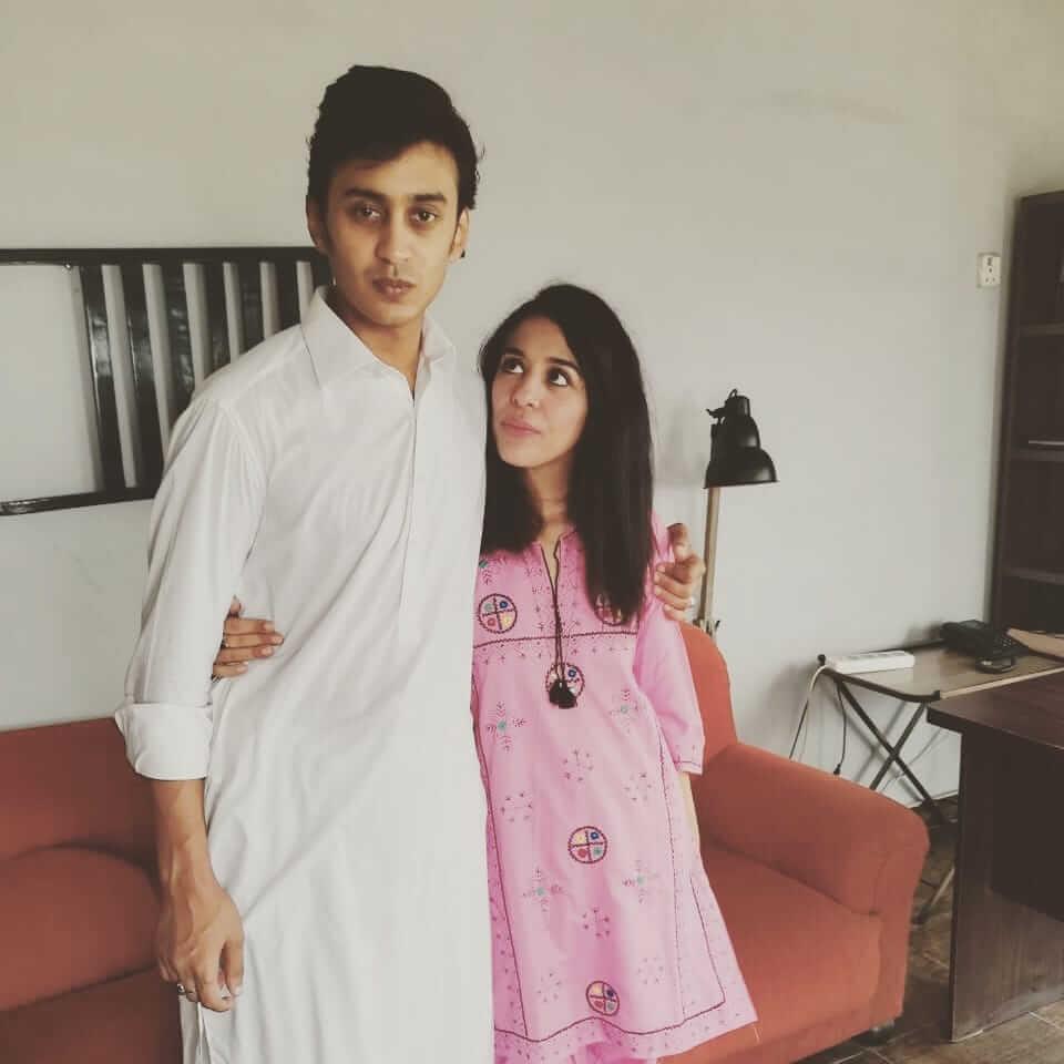 yasra rizvi husband pic