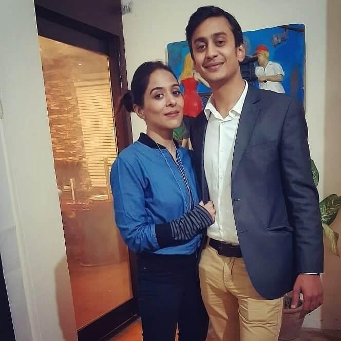 yasra rizvi with husband