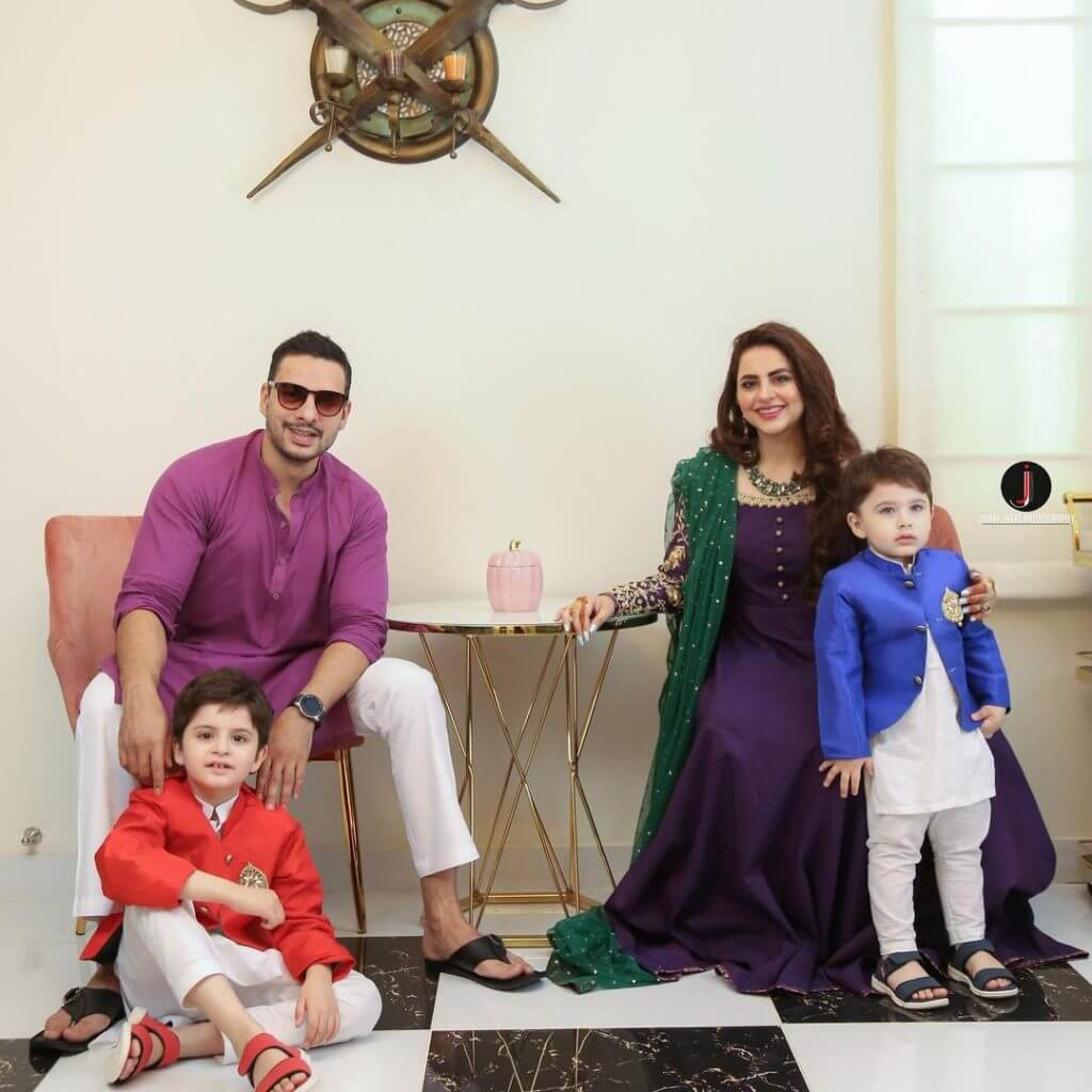 Fatima Effendi And Kanwar Arsalan Eid Pictures With Kids