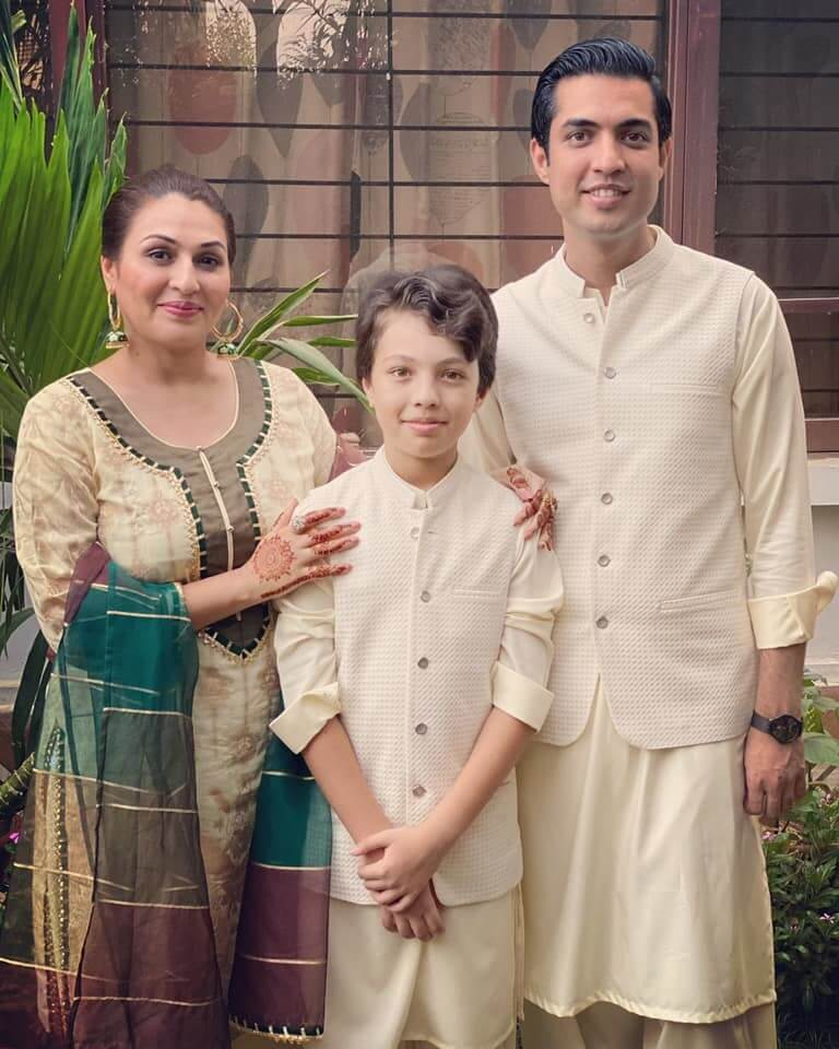 In Pics: Iqrar Ul Hassan Celebrating Eid With His Both Wives