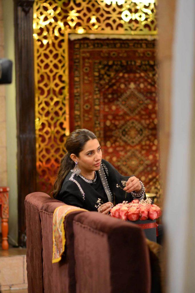 Beautiful Pictures of Mahira Khan's in Nida Yasir Morning Show
