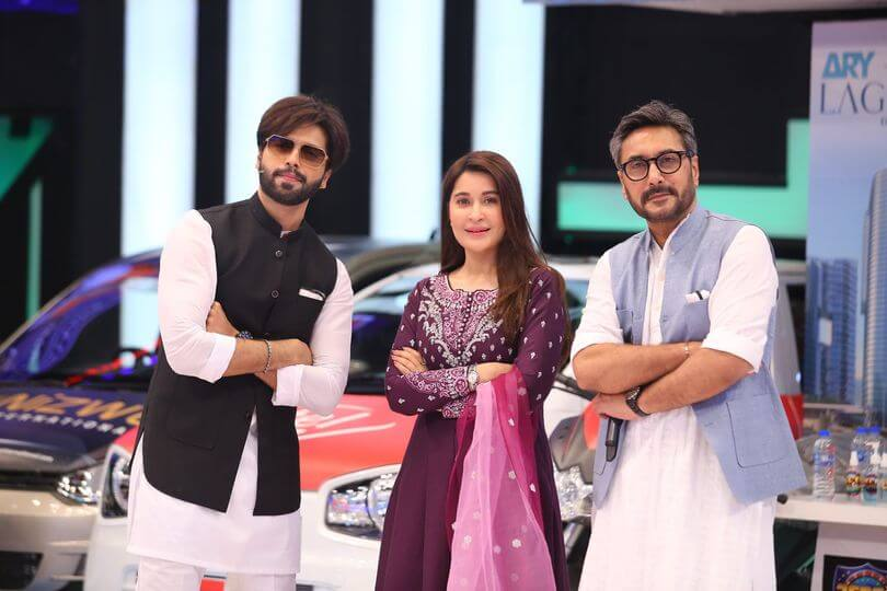 Beautiful Pictures of Shaista Lodhi And Naveen Waqar Wearing Same Dress