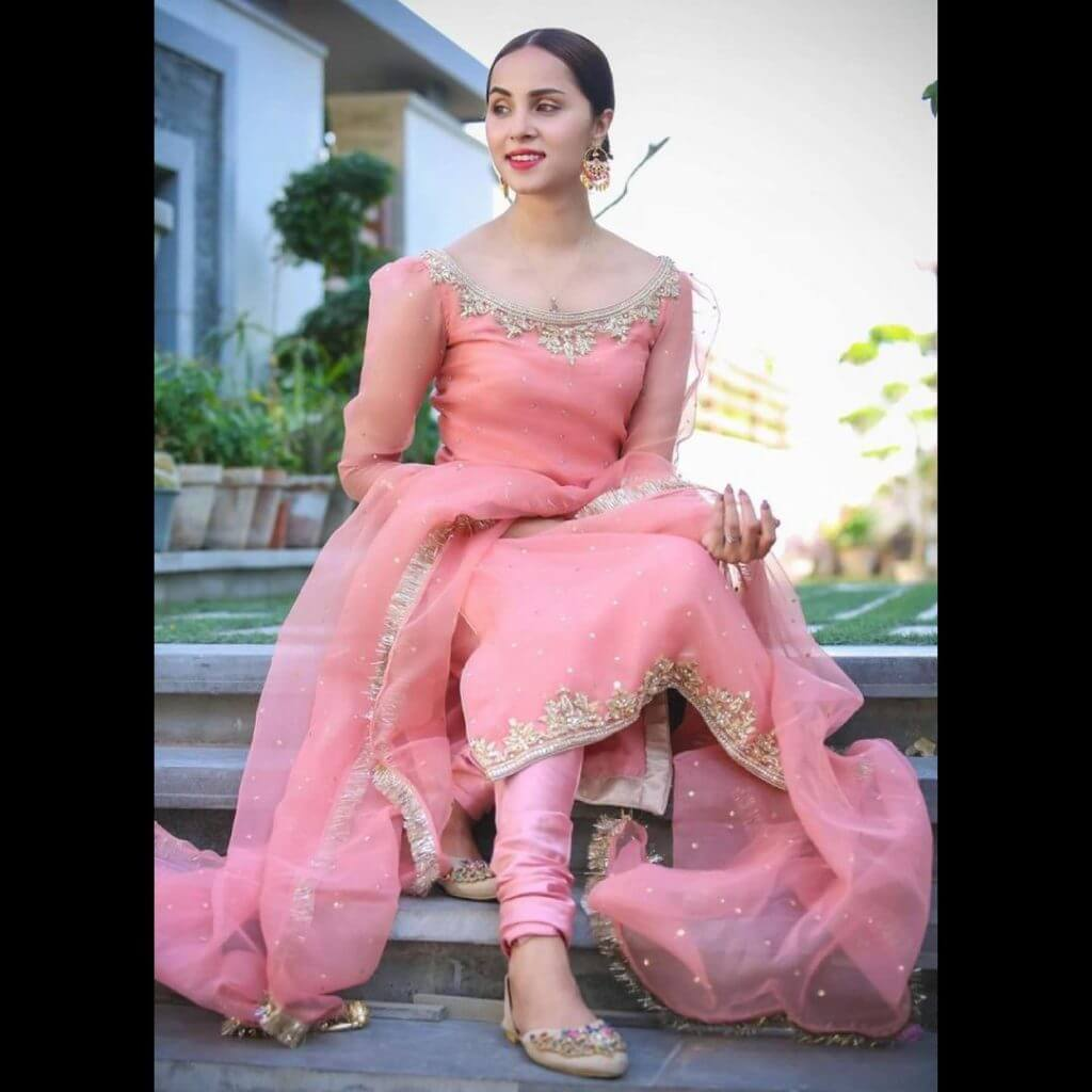 Pakistani Celebrities Pictures from Eid-ul-Fitr 2021 – Day1