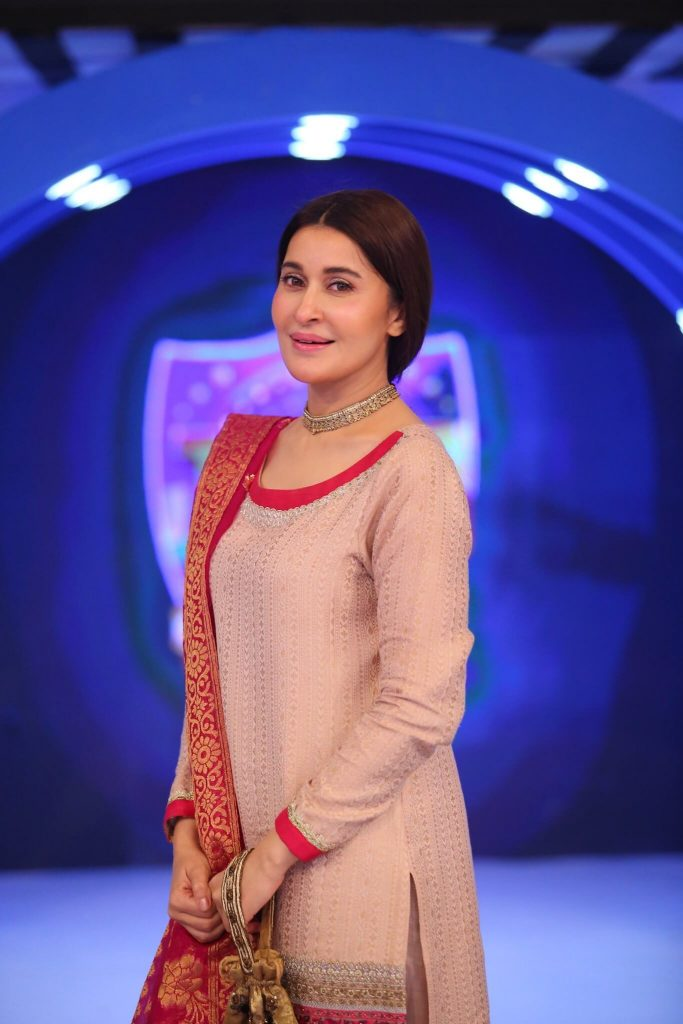 Beautiful Pictures of Shaista Lodhi Wearing Pink Dress
