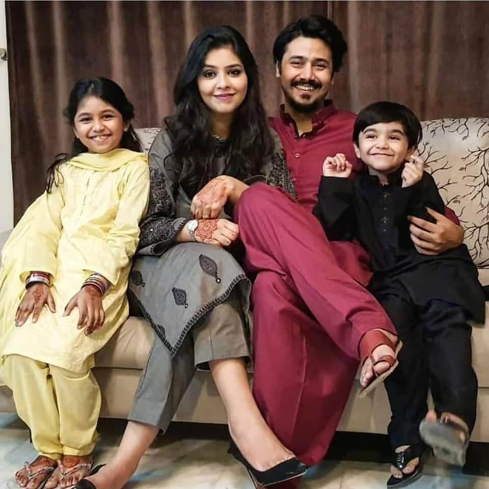 Ali Abbas New Adorable Clicks With His Family