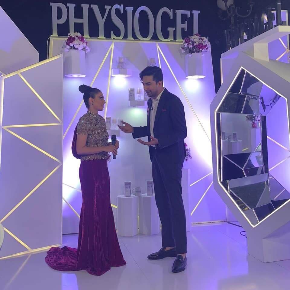 Ayeza Khan Walk On Ramp At Fashion Pakistan Week