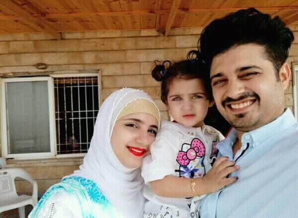 Beautiful Pictures of Babar Khan With His Wife And Kids