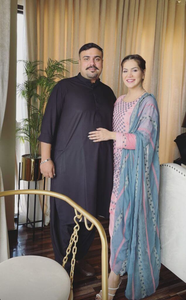 Ghana Ali Latest Beautiful Pictures With Her Husband Umair Gulzar
