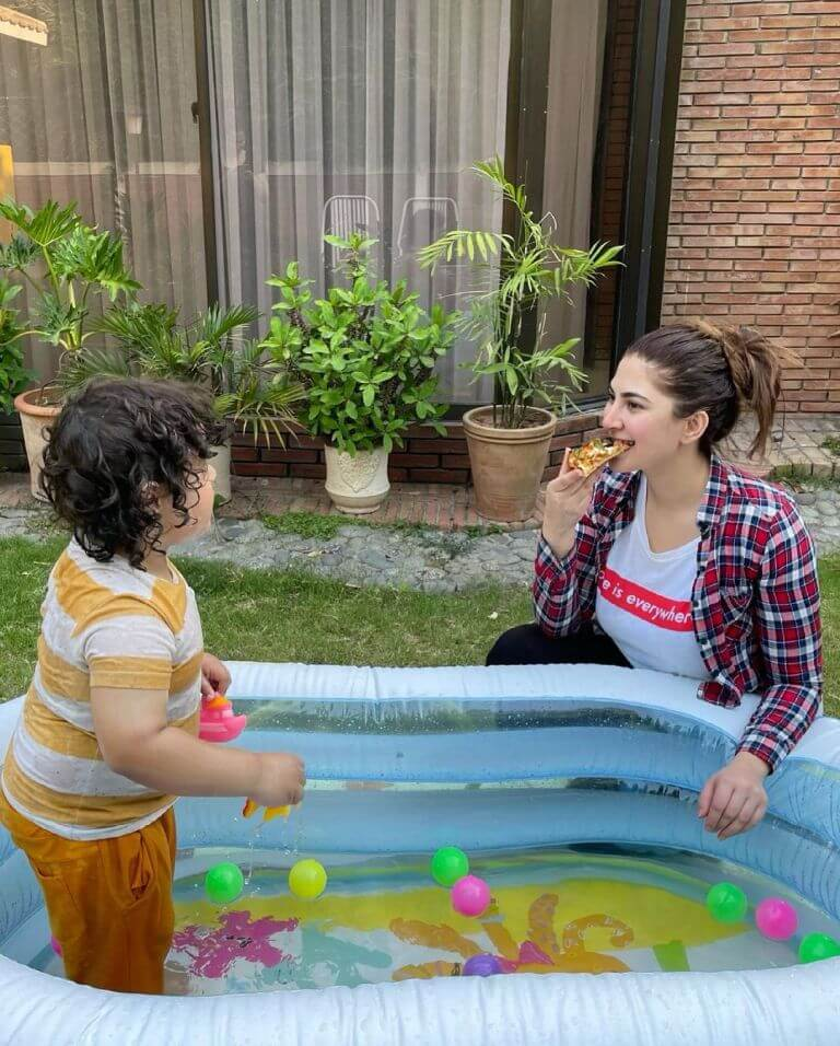 Naimal Khawar Shares A Pic Of Her Stunning Swimming Pool From Her Islamabad Home