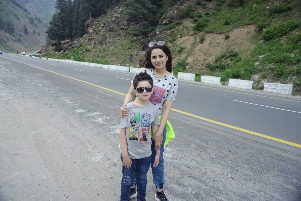 Fatima Effendi Vacationing With Family In Northern Areas Of Pakistan
