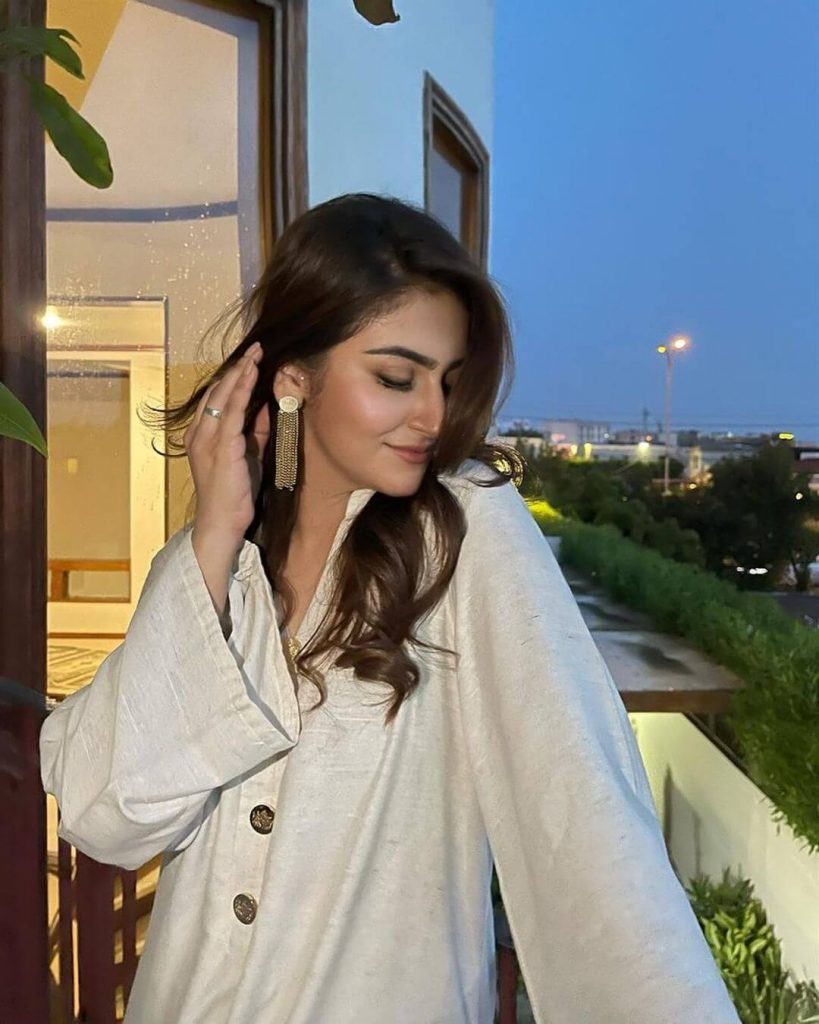 Hiba Bukhari New Pictures in Shalwar Kameez Lovely Collection