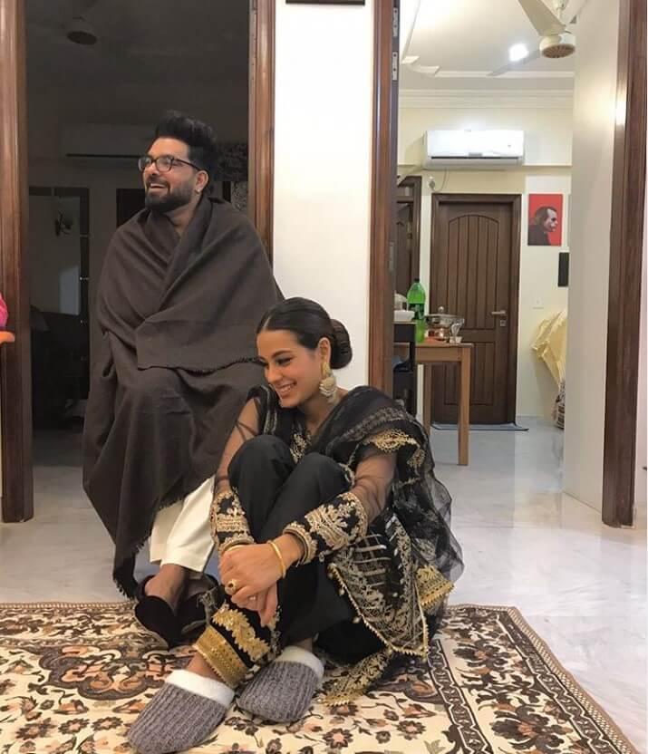 Iqra Aziz Shares First Look of Her Cute Son Kabir