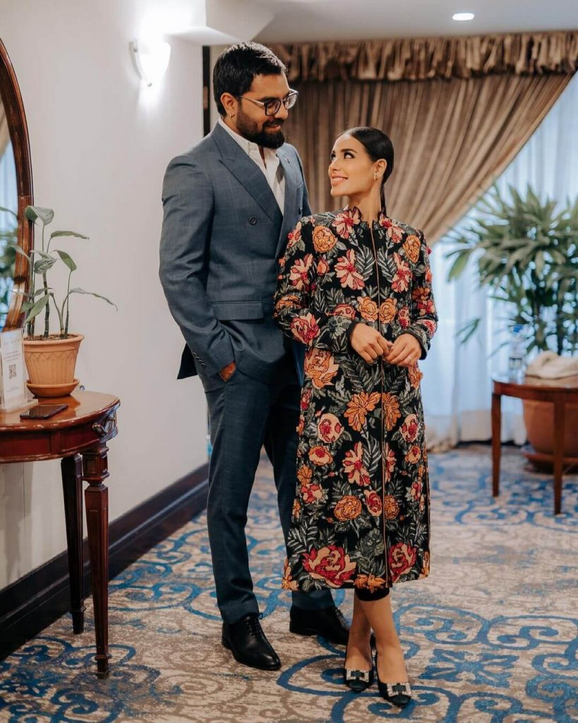 Iqra Aziz reveals she's pregnant with her first child