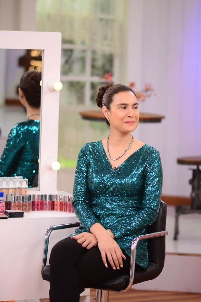 Nadia Hussain looks so innocent in her latest photos