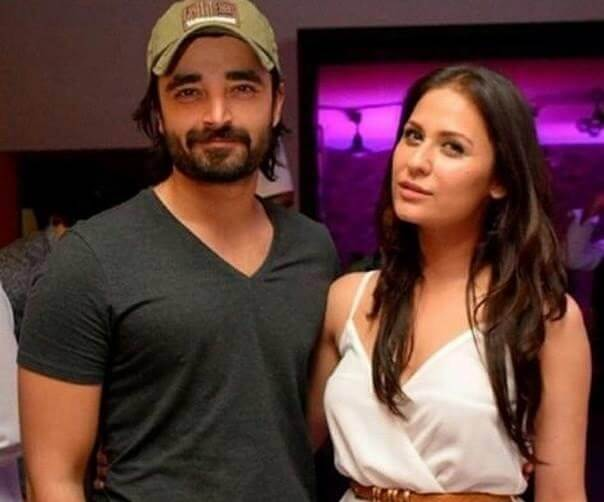 Sana Javed Host The Grand Party At Home With Showbiz Friends
