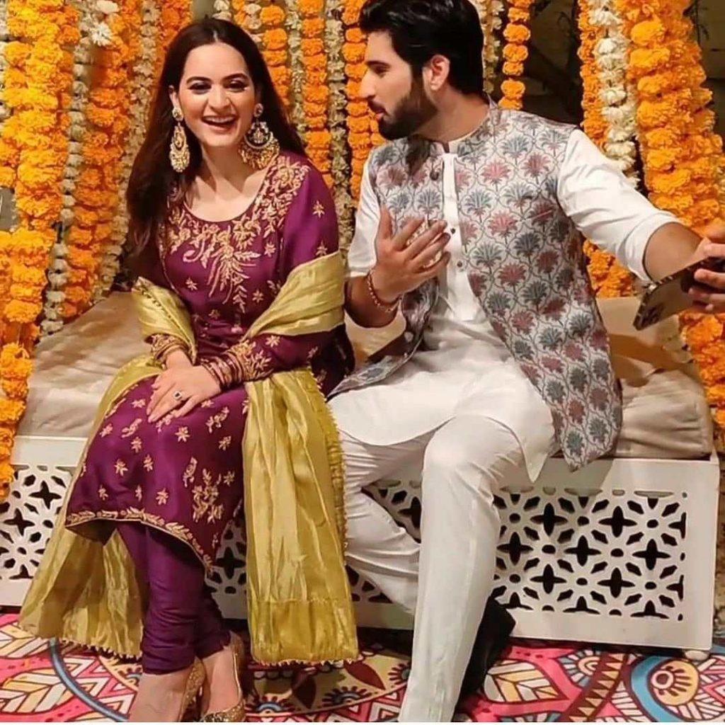 Aiman Khan's arrival in Minal and Ahsan's dholki