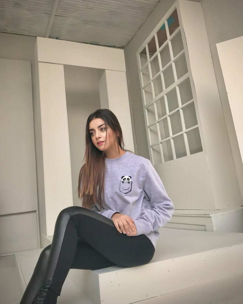 Gorgeous Alizeh Shah Latest Beautiful Pictures