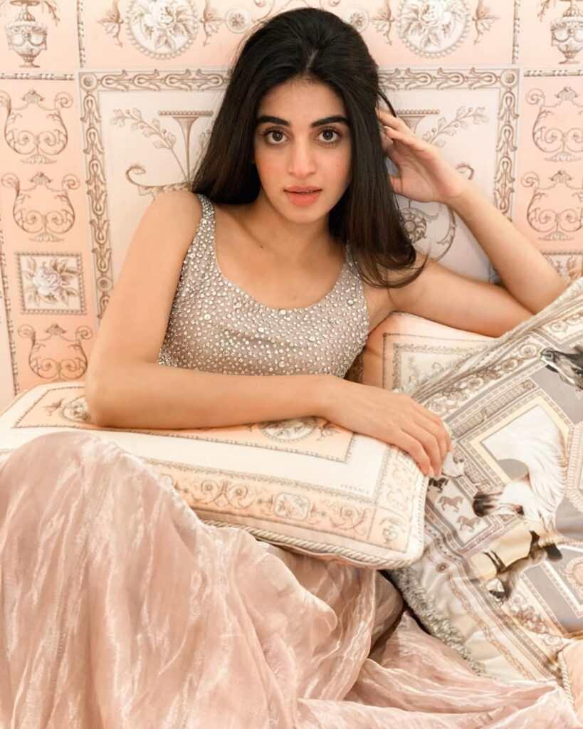 Actress Anmol Baloch Latest Beautiful Photoshoot