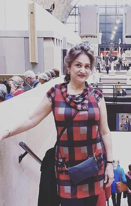 Beautiful Clicks of Gorgeous Bushra Ansari From Her Instagram