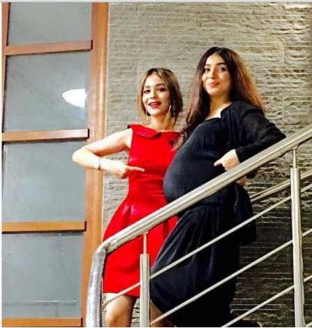 Humaima Malik With Her Sister Dua Malik