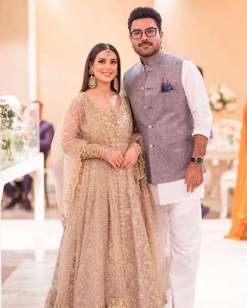 Beautiful Clicks of Iqra Aziz With Her Husband Yasir Hussain At Minal Wedding
