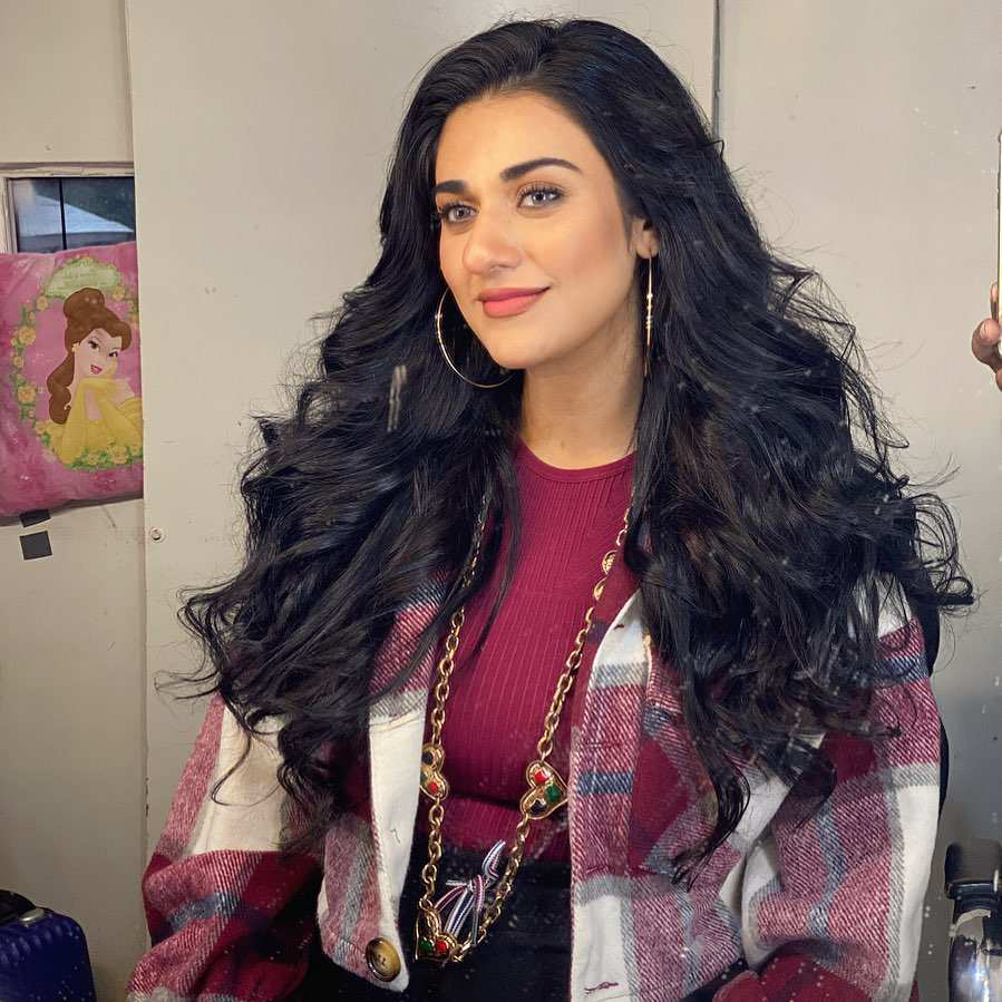 Sarah Khan reveals she's pregnant with her first child