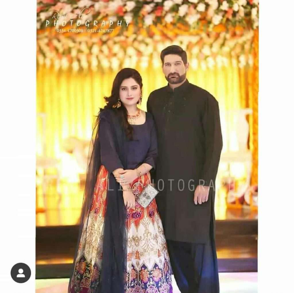 Sohail Tanvir With His Wife And Kids