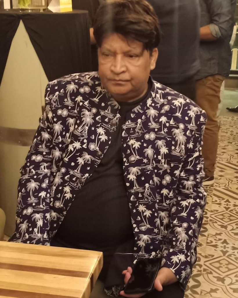 Veteran TV Actor Umer Sharif Seeks Financial Aid In Viral Video As She Suffers From Cancer