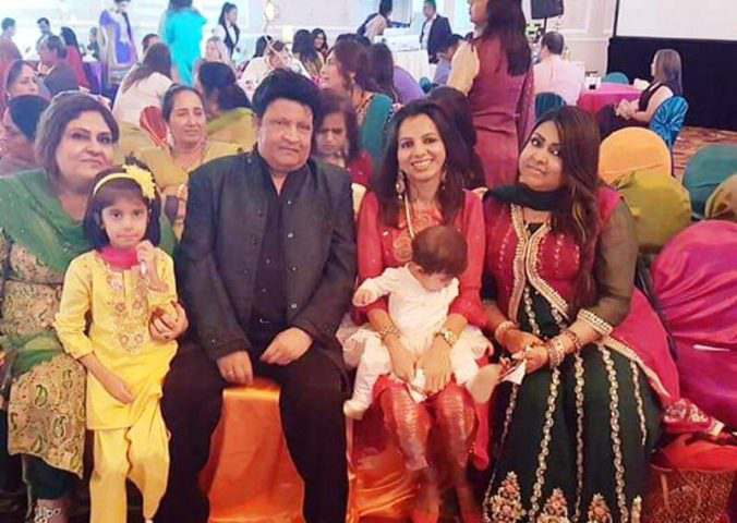 Umer Sharif First Time Shares Pictures of His both Wives