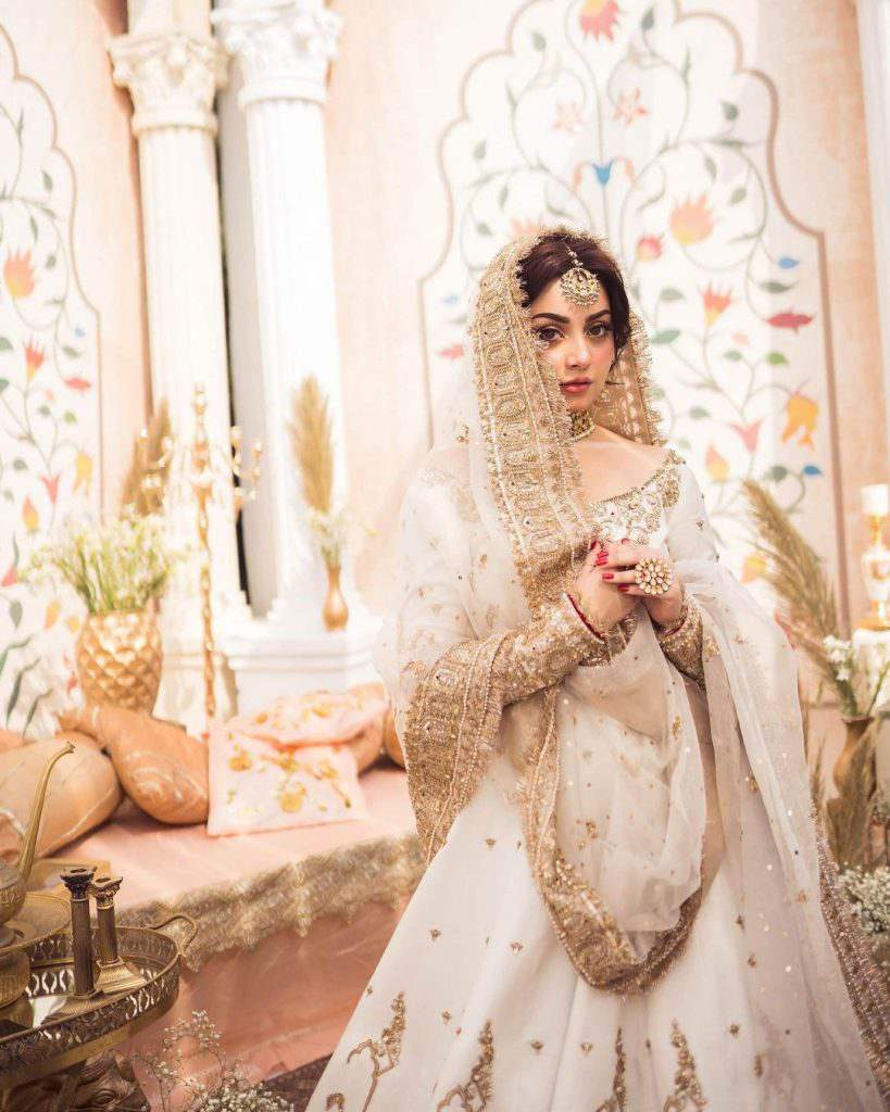 Alizeh Shah And Muneeb Butt Pair Up For A Bridal Shoot