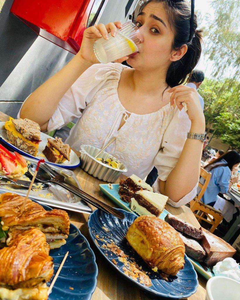 Dur-e-Fishan Saleem Food Lover