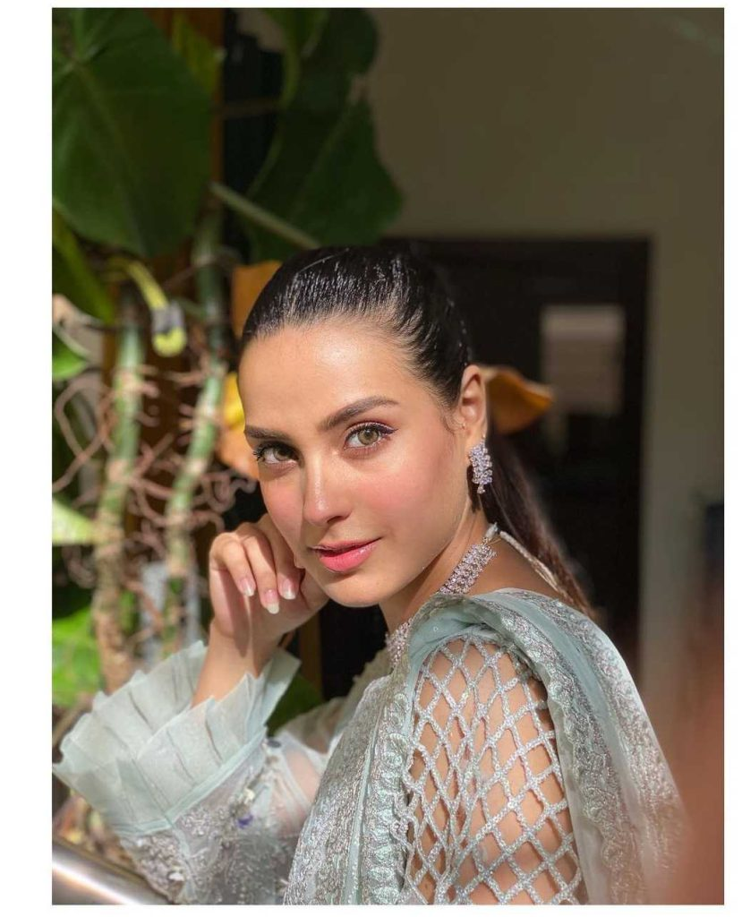 Iqra Aziz New Latest Pictures With Her Lovely Friend Waqar Hussain