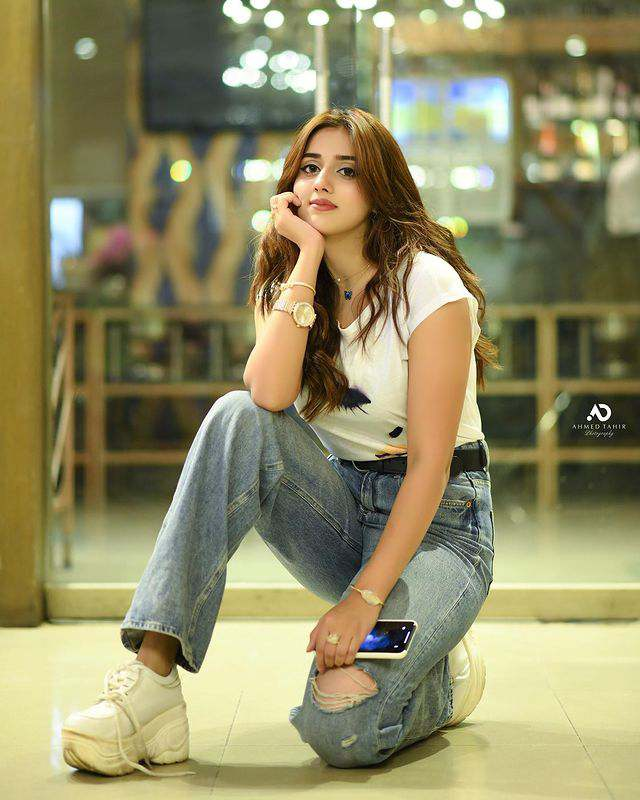 Jannat Mirza Adorable Pictures