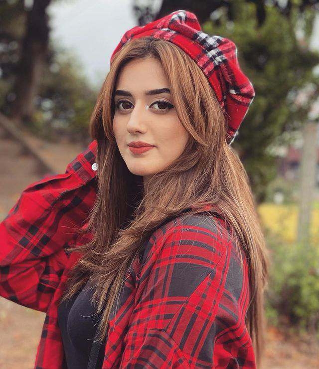 Jannat Mirza Age, Height, Affairs Weight, Husband & More